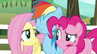 Pinkie Pie whispering to Fluttershy S6E18