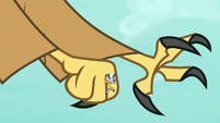 Roc extending its claw to grab Spike S8E11
