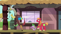 Spike stops Discord from leaving S6E17