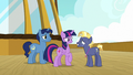 Star Tracker in front of Twilight Sparkle S7E22.png