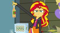 Sunset Shimmer odeia refrigerante de maçã EG