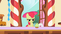 Sweetie Belle pushing cupcake to Apple Bloom S2E06