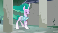 Mistmane returning to her village S7E16