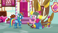"Pinkie Pie ""random thing to bring up"" S8E18"