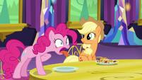 Pinkie Pie hacks up measuring spoon S5E3