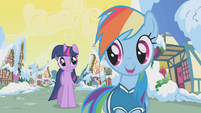 Rainbow Dash greets Twilight S1E11