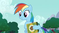 Rainbow offers Pinkie Pie a cookie S6E15