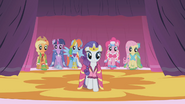 Rarity's Dresses S1E14