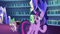 Twilight asks Spike to teach her class S8E21
