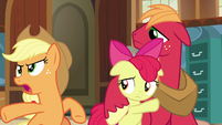 "Applejack ""just up and left Ma like that!"" S7E13"