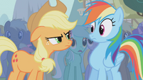 Applejack mad at Rainbow Dash S1E06