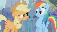 Applejack mad at Rainbow Dash S1E06