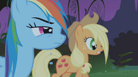 Applejack wet S01E02