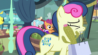 Cactus pricks Bon Bon's cheek as she walks S8E12