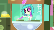 DJ Pon-3 в Equestria Girls