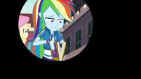 Iris out on distressed Rainbow Dash EGFF