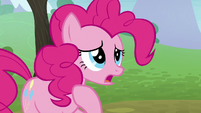 Pinkie Pie -not being a very good sister- S8E3