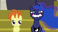 Princess Luna straining a forced wide smile S7E10