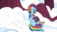 Rainbow reading Tank a bedtime story S5E5