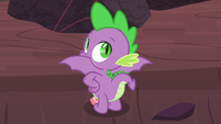 Spike showing off his wings S9E9