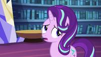 Starlight rolls her eyes at Applejack S6E21