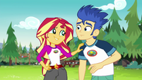 Sunset Shimmer comforting Flash Sentry EG4