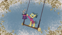 Trapeze Star and rabbit on the trapeze RPBB1