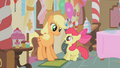 Applejack startling Apple Bloom S01E12.png