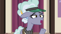 "Jeweler Pony ""no huge table here"" S7E2"