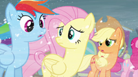 Rainbow, Fluttershy and Applejack concerned S3E1