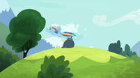Rainbow Dash flying around Rarity's head S7E19