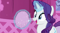 Rarity levitating a powder puff S8E18