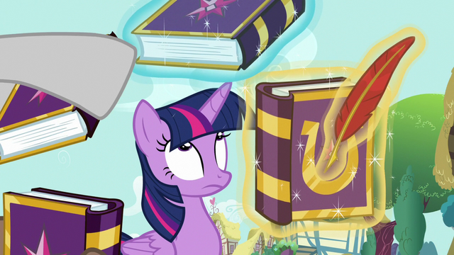 File:Twilight getting lots of autograph requests S7E14.png