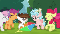 Cozy Glow returns Pipsqueak's kite again S8E12