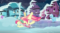 Crystal pony hits her face onto snow S6E2