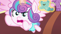 Flurry Heart pretending to be a bear S7E3.png