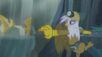 Gilda reaches out to the Idol of Boreas S5E8