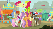 Ponies cheering for Apple Bloom S9E22