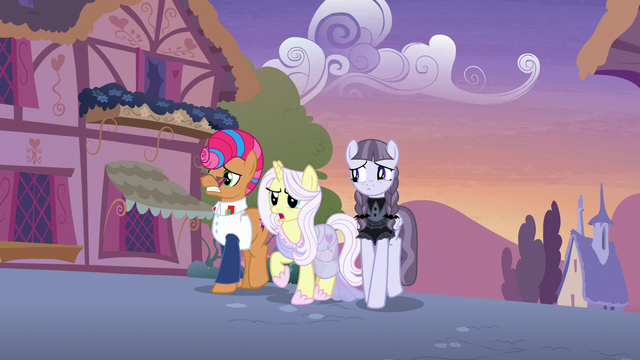 File:Starstreak, Lily, and Inky see Applejack approaching S7E9.png