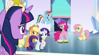 Twilight Sparkle proud of her friends S9E1