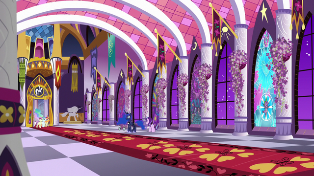 File:Celestia and dignitaries come through faraway door S7E10.png