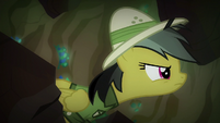 Daring Do looking at the artifact S6E13