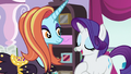 """Rarity """"and my fabulous designs"""" S7E6.png"""