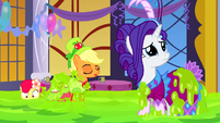 Rarity looking sad S5E7