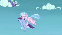 Silverstream catches unicorn in midair S8E25