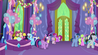 Twilight getting even more nervous S7E1