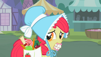Apple Bloom with false teeth S2E12