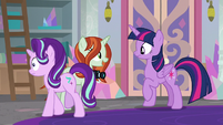 Photographer ignoring Starlight Glimmer S8E13