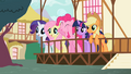 Ponies excited S02E07.png