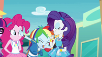 Rarity introduces Rainbow Dash EGROF